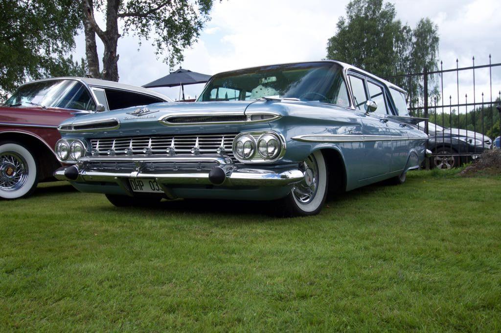 Zoals gewoonlijk waren er ook veel Amerikaanse auto's te zien.