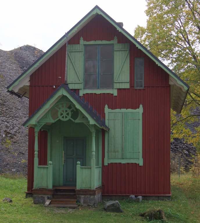 Een mooi huisje op het terrein.