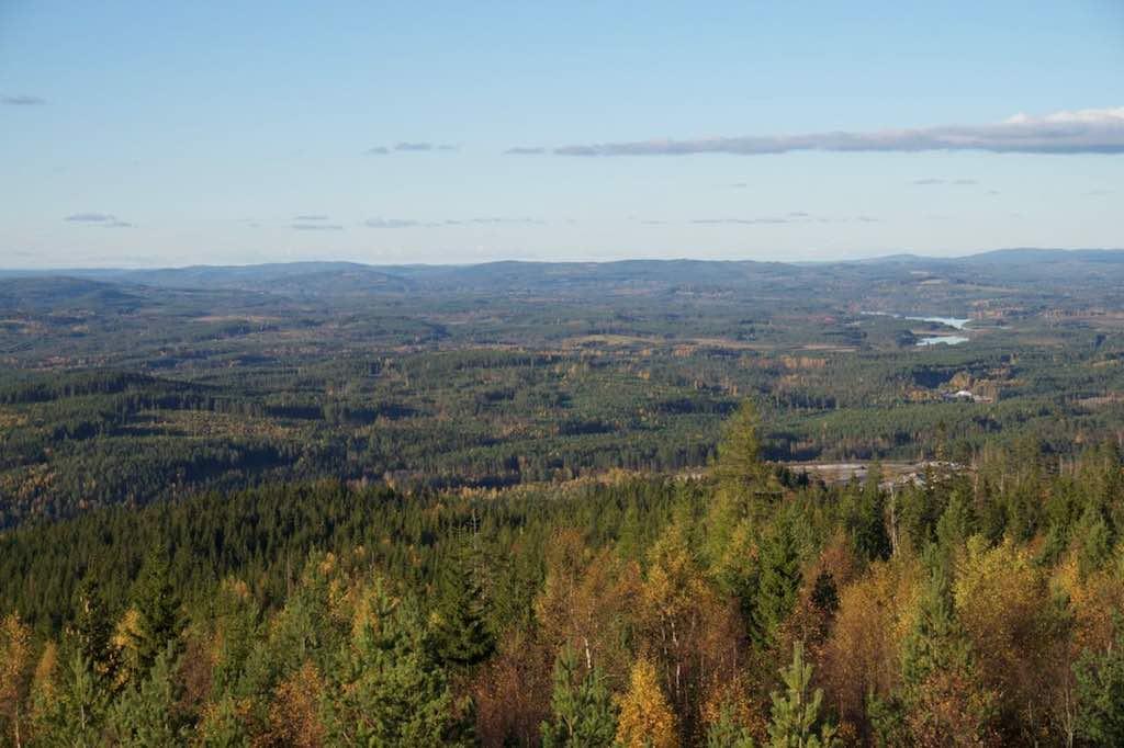 Uitzicht over Värmland in herfstkleuren.