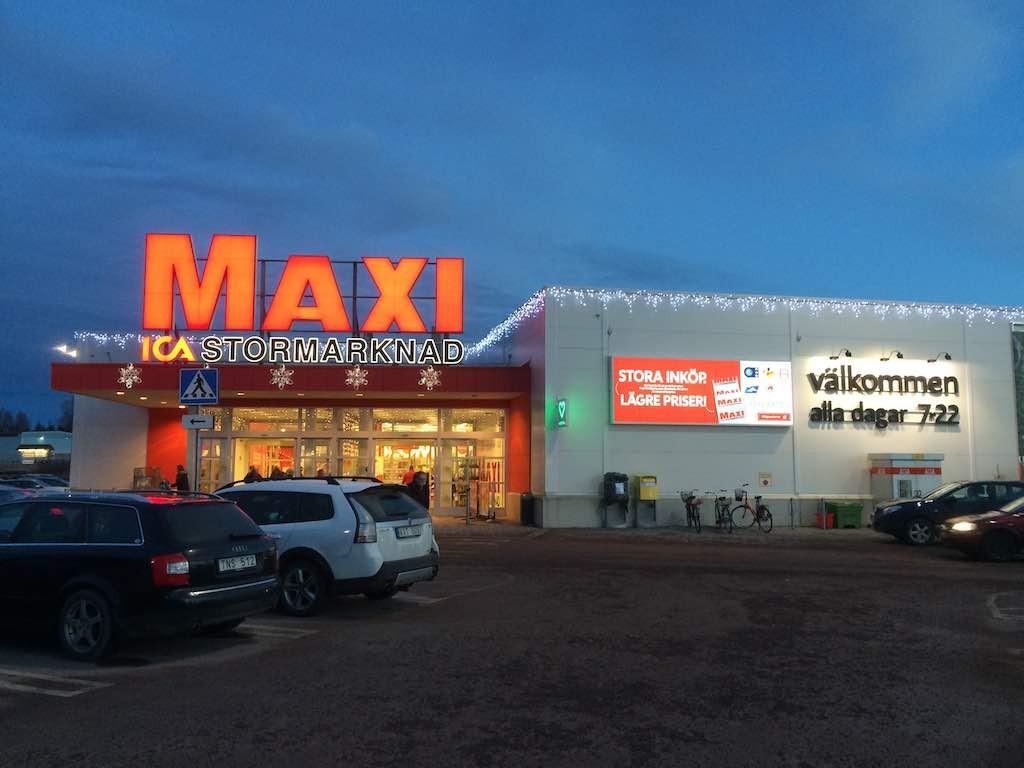 De ICA Maxi in Mora, 7 dagen per week van 7.00 tot 22.00 open.