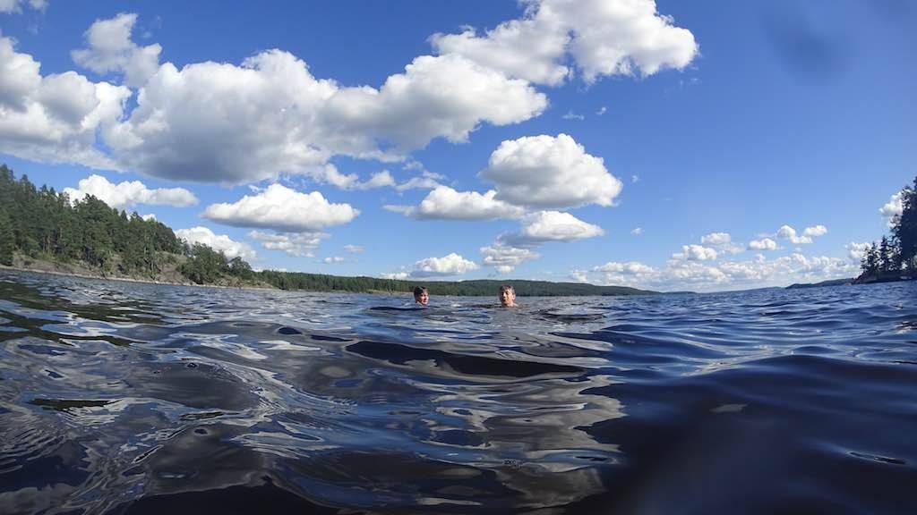 Zwemmen bij Västra Fågelvik.